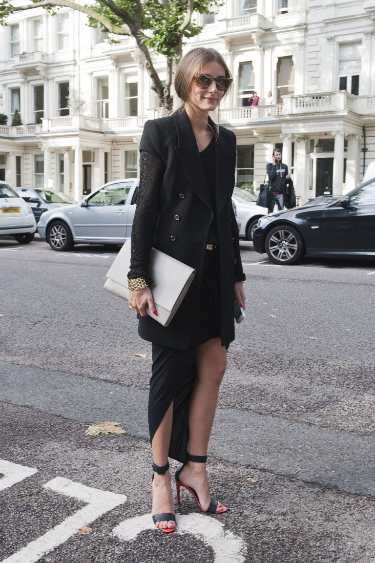 Olivia-Palermo-amped-up-all-black-look-sleeveless-blazer